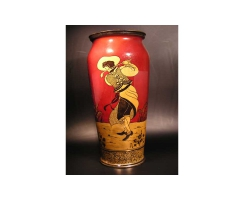 Vase Royal Doulton mit Golfmotiven